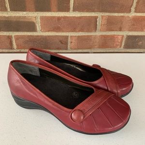 Hush puppies red leather slip on flats shoes